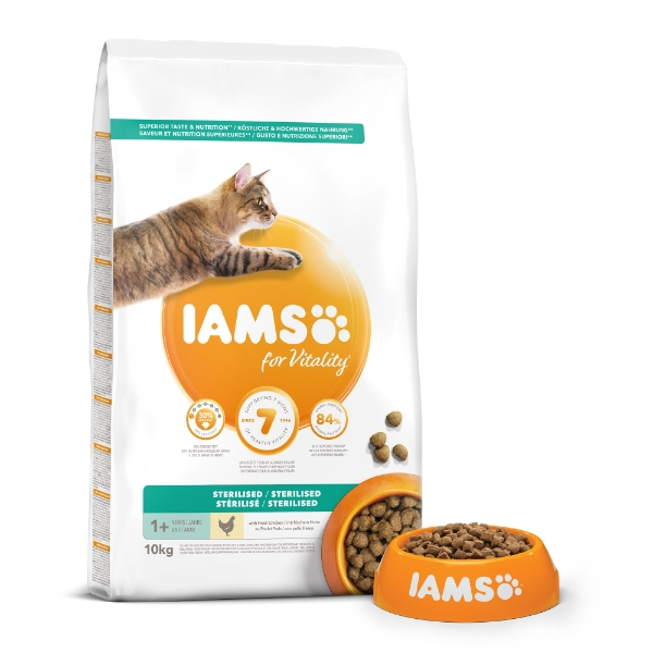 Iams For Vitality Light In Fat Sterilised Cat Food With Fresh Chicken 10kg